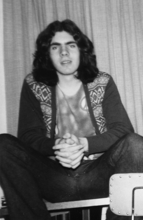 Hérna er mynd af söguhetjunni 1971, 16 ára í Landsprófi á Skógaskóla.